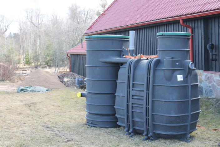 Cuve en plastique pour traitement de l'eau 2000L