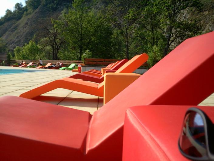 rotomold-deck-chair