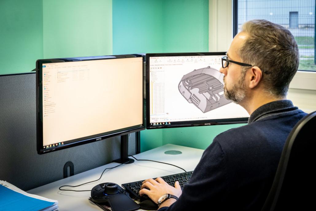 ureau d'études équipé de logiciels 3D